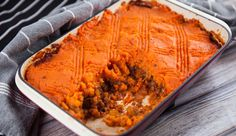 Lentil Shepherd's Pie Lentil Dishes, Sausage Rolls, Best Chef, Lentils, Vegetable Recipes, Healthy Recipes, Healthy Dinners, Vegan Vegetarian, Meal Planning