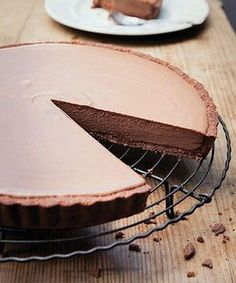 Hot chocolate and marshmallow tart with tim tam crust