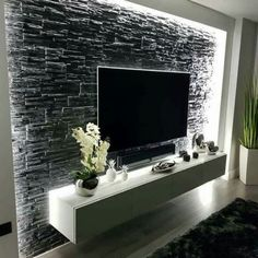Modern and graceful TV wall design. Living room TV ceilings Beautiful & & interior decorating The post Modern and graceful TV wall design. Living room TV blankets beautiful appeared first on Trendy. Deco Tv, Home Interior Design, Interior Decorating, Design Interiors, Tv Console Decorating, Decorating Ideas, Interior Walls, Tv Wall Decor, Wall Decor Lights