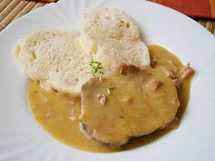 Hummus, Mashed Potatoes, Meat, Chicken, Ethnic Recipes, Ph, Food, Whipped Potatoes, Smash Potatoes