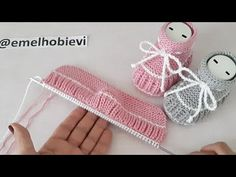 Knitted Baby Clothes, Baby Hats Knitting, Baby Knitting Patterns, Knitting Stitches, Baby Patterns, Knitted Booties, Crochet Slippers, Baby Booties, Knitted Hats