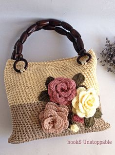 Pin on Crochet Purses/Bags Crochet Wallet, Free Crochet Bag, Crochet Clutch, Crochet Handbags, Crochet Purses, Granny Square Crochet Pattern, Crochet Patterns, Flower Bag, Knitted Bags