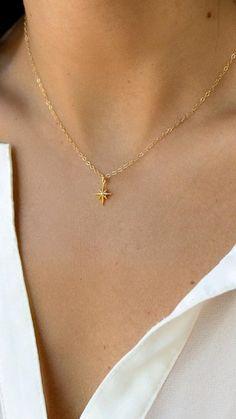 Hand Jewelry, Simple Jewelry, Cute Jewelry, Body Jewelry, Wedding Jewelry, Gold Mangalsutra Designs, Gold Earrings Designs, Necklace Designs, Cute Necklace
