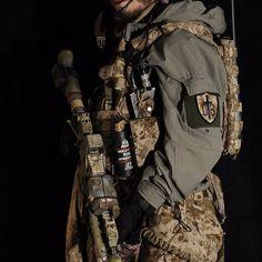 DEVTSIX mah DEVGRU airsoft loadout AOR1, HK416, GPNVG