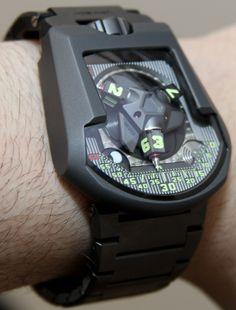 Urwerk UR-202S Watch Steel Bracelet Hands-On | aBlogtoWatch