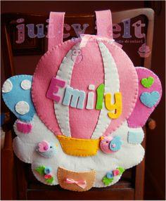 Felt name balloon Felt Diy, Felt Crafts, Diy Crafts, Felt Name Banner, Sewing To Sell, Felt Wreath, Felt Mobile, Felt Patterns, Felt Animals