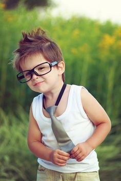 Adorable :) hope I can have a little boy in the future so he can dress like this :)