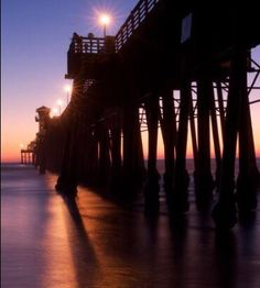 Pier, Oceanside, CA.  Photography: Arturo Soto