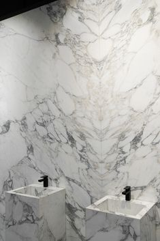 fantastic arabescato marble bookmatched wall and vanity tops Arabescato Marble, Vanity Tops, White Marble, Natural Stones, Facade, Flooring, Interior Design, Bathroom, Antiques