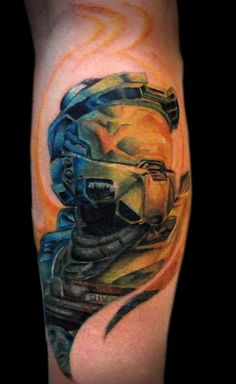 Tattoo of Master Chief from the Halo video game series - Gamer House Ideas 2019 - 2020 Gamer Tattoos, Life Tattoos, Tattoos For Guys, Cool Tattoos, Tatoos, Crazy Tattoos, Amazing Tattoos, Halo Tattoo, Tattoo Ink