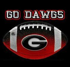 Caring for Your Senior Dog Ga Bulldogs Football, Georgia Bulldogs Cake, Georgia Bulldog Wreath, Bulldog Wallpaper, Georgia Girls, College Football Teams, University Of Georgia, Football Season, Swagg