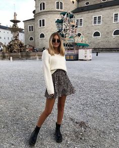 80 Cute Casual Winter Fashion Outfits For Teen Girl Mode Outfits, Trendy Outfits, Fashion Outfits, Womens Fashion, Fashion Trends, Skirt Outfits, Fashion Styles, Mode Ootd, Look Street Style
