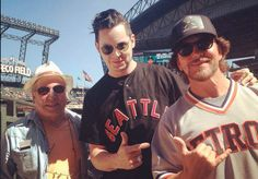 Jack White, Eddie Vedder, and Paul Simon take in a Seattle Mariners game