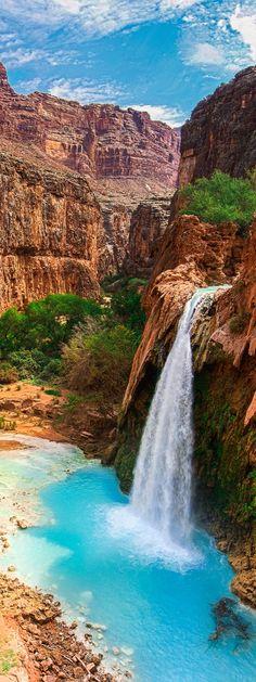 Havasu Falls, waterfalls in the Grand Canyon, Arizona More