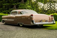 Rad Cad: Is this chopped, dropped Cadillac Coupe DeVille over the top? Us Cars, Sport Cars, Vintage Cars, Antique Cars, Vintage Auto, Hobby Cars, Cadillac Ct6, Cadillac Eldorado, Automobile