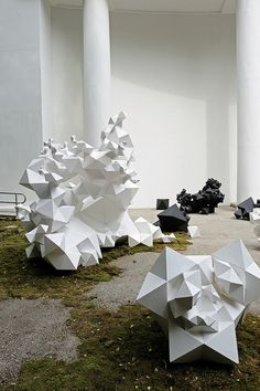 """""""Modern Primitives"""", installation at the 2010 Venice Biennale of Architecture, the New York based architectural studio Aranda/Lasch has been commissioned by the Pritzker Price Winner and Biennale Curator Kazuyp Sejima. Land Art, Modern Primitives, Modern Art, Contemporary Art, Instalation Art, Fractal, Geometric Art, Geometric Sculpture, Art Plastique"""
