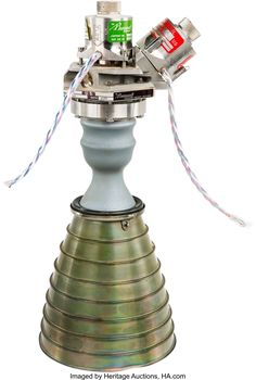 LM Reaction Control System Marquardt Rocket Engine with Extended Nozzle- Manufactured in 1965 Drone Technology, Science And Technology, Model Rocket Engines, Apollo Rocket, Outdoor Tv Antenna, Blueprint Drawing, Rocket Design, Apollo Program, Aerospace Engineering
