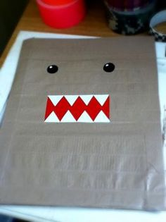 Duct Tape Folder..... DOMO!! :D
