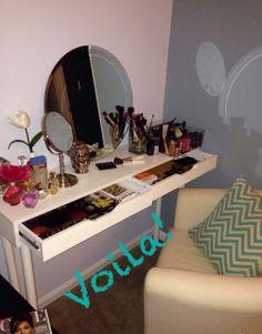 D.I.Y vanity Diy vanity, makeup chat, make up, make up storage