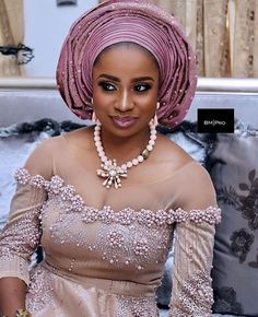 A collection of the msot beautiful and trendy bridal gele styles for every Nigerian bride. These beautiful gle styles always rock African Attire, African Fashion Dresses, African Wear, African Women, African Dress, Ankara Fashion, African Blouses, African Lace, African Style