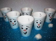 disney frozen party games for kids | Snowball toss game for a Disney Frozen themed kids party. (Easy Breezy ...