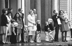 Unieke amateurbeelden van de koninklijke familie (Alexander 1e rechts voor)