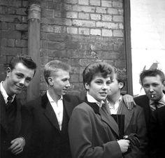 Teddy Girl with Teddy Boys, London. Teddy Girl, Teddy Boys, Ken Russell, Dandy, El Rock And Roll, Rose Price, Youth Subcultures, Hippie Man, London Girls