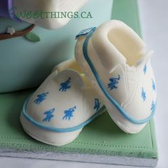 Ralph Lauren painted sugar Baby Shoes Topper from SweetThings #cake