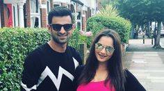 Grand Slam-winning Indian tennis player Sania Mirza and former Pakistan cricket captain Shoaib Malik are expecting their first child. Mirza, broke the news on her social media accounts with an … Shoaib Malik, Shane Watson, Cricket Quotes, Sports Headlines, Pakistan News, Karachi Pakistan, Sport Tennis, Urdu News, Tennis Stars