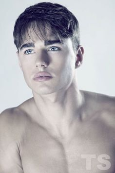 Reference for Tyler Davis. Model: Evan Harman