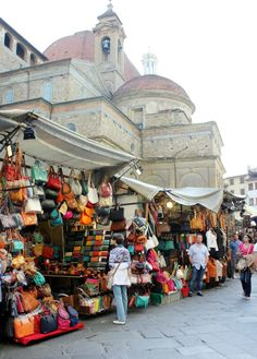 Strike a bargain in Florence's  San Lorenzo Market! #travel #honeymoon #italy