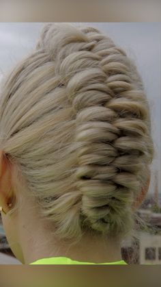 Work Hairstyles, Easy Hairstyles For Long Hair, Pretty Hairstyles, Braided Hairstyles, Curly Hair Styles, Natural Hair Styles, Up Girl, Looks Cool, Hair Today