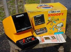 1983 NINTENDO SNOOPY DOG TABLE TOP GAME & WATCH-ORG.BOX+INSTRUCTIONS-PEANUTS!