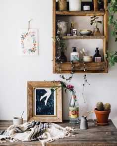 It's so still and hot outside. The cats are hiding in the long grass and my plan is for a lazy Sunday bath and pamper day in a shaded bathroom with all my favourite beauty treats my Time Out for #freeupmyinsta and the winning new home for our rustic shelf x