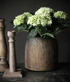 Nepalese oud houten Pot