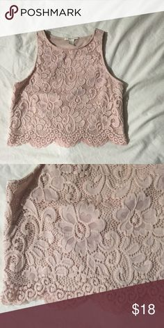 Forever 21 lace crop top Forever 21. Lace crop top. Pale pink. Super comfy and cute. No flaws Forever 21 Tops Crop Tops