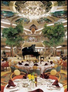 Royal Caribbean International-_Legend of the Seas_DiningRoom