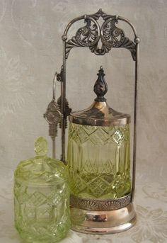 Antique Pickle Castor Yellow Glass Van Bergh Silver Plate Condiment Jar.