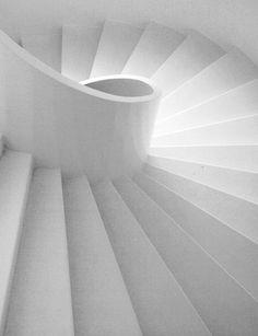 ❖Blanc❖ White spiral staircase