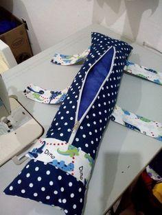 Vamos aprender a fazer essa linda almofada? Medidas Capa: 1 retângulo de 67 cm x 22 cm (nessa medida tem 1 cm de sobra...