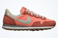 """Nike WMNS Air Pegasus 83 """"Atomic Pink""""===come to me my darlings! Sneakers Street Style, Sneakers Mode, Sneakers Fashion, Nike Air Pegasus, Nike Store, Leather Sneakers, Suede Leather, Running Shoes, Kicks"""