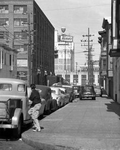The Hamm's Brewery when it opened at 1550 Bryant St. in San Francisco. (1954) Photo: Bob Campbell, @sfchronicle