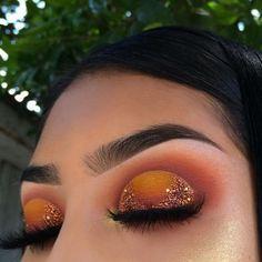 45 Stunning Sunset Eyes Makeup Inspirational Ideas For Prom And Wedding - Sunset Makeup 32 𝕴𝖋 𝖀 𝕷𝖎𝖐𝖊 𝕵𝖚𝖘𝖙 𝕱𝖔𝖑𝖑𝖔𝖜 𝖀𝖘! Everythings about gorgeous sunset makeups you may love here! 𝙎𝙪𝙣𝙨𝙚𝙩 𝙢𝙖𝙠𝙚𝙪𝙥 𝙩𝙞𝙥𝙨 Baddie Makeup, Glam Makeup, Skin Makeup, Eyeshadow Makeup, Makeup Inspo, Makeup Brushes, Neutral Eyeshadow, Eyeshadows, Makeup Trends