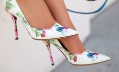 Floral shoes – the shoes to wear this spring