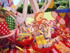 ideas tematicas: Cumpleaños temático de Thomy: El Circo/ Thomy themed party: carnival/circus