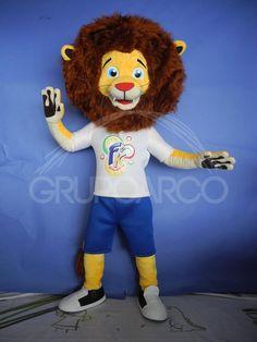 Cuidado el Rey De La Selva llegó (botarga)... trátenlo con cuidado o van a meterse en problemas!!!  #botarga #personajesenvivo #costumes #mascot #mascota #real #lion #león