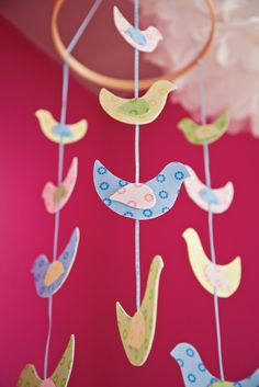#Phoomph Bird Nap Mobile #craft for children's bedrooms or #nursery - a perfect no-sew project!