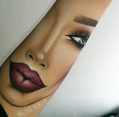 teach me your ways Eye Makeup On Hand, Creative Eye Makeup, Eye Makeup Art, Skin Makeup, Beauty Makeup, Makeup Is Life, Makeup Goals, Makeup Tips, Makeup Drawing