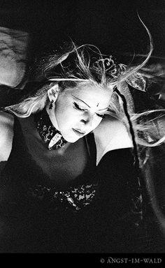 Diva Destruction – Live 2002