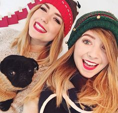 Zoe Sugg and Poppy Deyes Zoella Christmas, Christmas Ideas, Poppy Deyes, Just Video, Zoe Sugg, Vlog Squad, Beautiful Person, Beautiful People, Love Is All